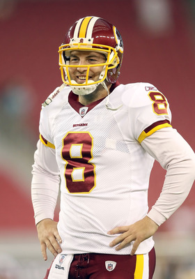 GLENDALE, AZ - SEPTEMBER 02:  Quarterback Rex Grossman #8 of the Washington Redskins warms up before the preseason NFL game against the Arizona Cardinals at the University of Phoenix Stadium on September 2, 2010 in Glendale, Arizona. The Cardinals defeate