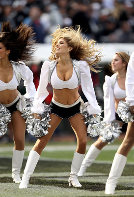 NFL Cheerleading Oops http://bleacherreport.com/articles/804956-power-ranking-all-nfl-cheerleading-squads-in-2011