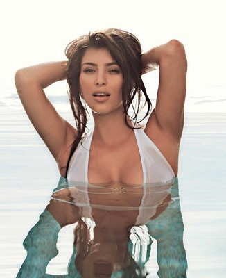 Kim-kardashian-bikini-fhm-south-africa-05_display_image
