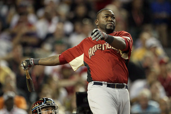 PHOENIX, AZ - JULY 11:  American League All-Star David Ortiz #34 of the Boston Red Sox hits during the swing-off following round one of the 2011 State Farm Home Run Derby at Chase Field on July 11, 2011 in Phoenix, Arizona.  (Photo by Jeff Gross/Getty Ima
