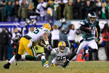 PHILADELPHIA, PA - JANUARY 09:  DeSean Jackson #10 of the Philadelphia Eagles runs down field against Desmond Bishop #55 and Nick Collins #36 of the Green Bay Packers during the 2011 NFC wild card playoff game at Lincoln Financial Field on January 9, 2011