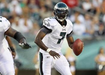 PHILADELPHIA, PA - AUGUST 11:  Michael Vick #7 of the Philadelphia Eagles in action during the first quarter against the Baltimore Ravens during their pre season game on August 11, 2011 at Lincoln Financial Field in Philadelphia, Pennsylvania.  (Photo by