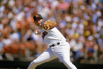1987:  Goose Gossage of the San Diego Padres throws the pitch during the 1987 season. (Photo by Stephen Dunn/Getty Images)