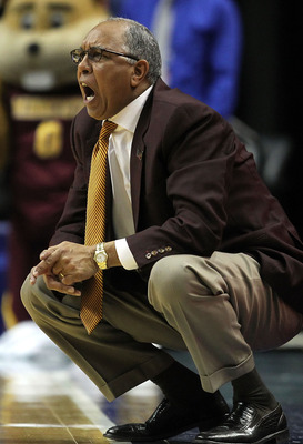 INDIANAPOLIS, IN - MARCH 10:  Head coach Tubby Smith of the Minnesota Golden Gophers reacts as he coaches against the Northwestern Wildcats during the first round of the 2011 Big Ten Men's Basketball Tournament at Conseco Fieldhouse on March 10, 2011 in I