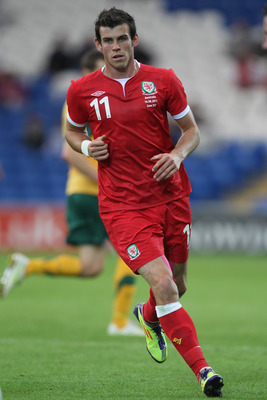 CARDIFF, WALES - AUGUST 10:  Gareth Bale of Wales during the International Friendly match between Wales and Australia at the Cardiff City Stadium on August 10, 2011 in Cardiff, Wales.  (Photo by Michael Steele/Getty Images)