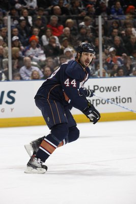EDMONTON, CANADA - DECEMBER 21: Sheldon Souray #44 of the Edmonton Oilers skates against the St. Louis Blues during their NHL game on December 21, 2009 at Rexall Place in Edmonton, Alberta, Canada. (Photo by Dale MacMillan/Getty Images)