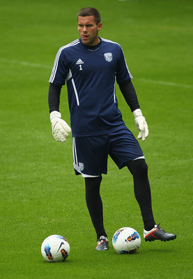 WEST BROMWICH, ENGLAND - AUGUST 12:  Ben Foster of West Bromwich Albion in action during a West Bromwich Albion Training session at the Hawthorns on August 12, 2011 in West Bromwich, England.  (Photo by Matthew Lewis/Getty Images)