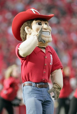 LINCOLN, NE - NOVEMBER 24:  Mascot Herbie Husker of the Nebraska Cornhuskers yells during the game against the Colorado Buffaloes on November 24, 2006 at Memorial Stadium in Lincoln, Nebraska. Nebraska won 37-14. (Photo by Brian Bahr/Getty Images)