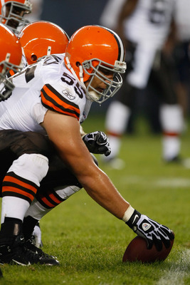 CHICAGO, IL - SEPTEMBER 3: Center Alex Mack #55 of the Cleveland Browns gets ready to snap the football against the Chicago Bears at Soldier Field on September 3, 2009 in Chicago, Illinois. (Photo by Scott Boehm/Getty Images)
