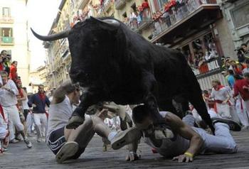 Running-with-the-bulls_medium_display_image