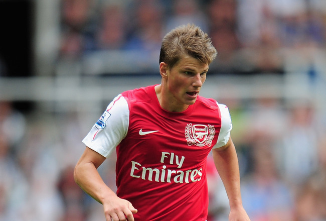 NEWCASTLE UPON TYNE, ENGLAND - AUGUST 13:  Andrei Arshavin of Arsenal in action during the Barclays Premier League match between Newcastle United and Arsenal at St James' Park on August 13, 2011 in Newcastle upon Tyne, England.  (Photo by Shaun Botterill/