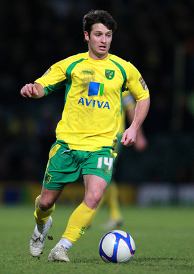 NORWICH, ENGLAND - JANUARY 8:  Wesley Hoolahan of Norwich City in action during the FA Cup sponsored by E.ON 3rd Round match between Norwich City and Leyton Orient at Carrow Road on January 8, 2011 in Norwich, England.  (Photo by Jan Kruger/Getty Images)
