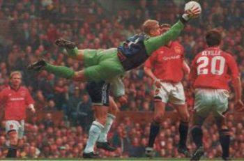 Peter-schmeichel-save_display_image