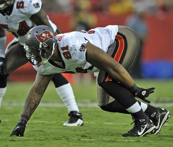 KANSAS CITY, MO - AUGUST 12:  Defensive end Da'Quan Bowers #91 of the Tampa Bay Buccaneers in action during a game against the Kansas City Chiefs on August 12, 2011 at Arrowhead Stadium in Kansas City, Missouri.  (Photo by Peter Aiken/Getty Images)