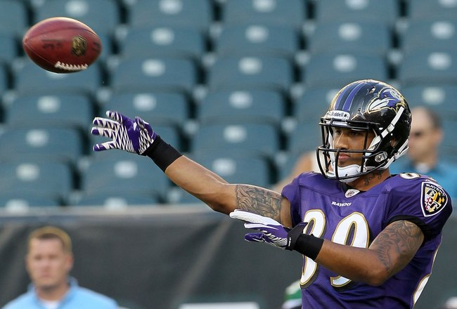 PHILADELPHIA, PA - AUGUST 11:  Tandon Doss #89 of the Baltimore Ravens warms up before playing against the Philadelphia Eagles on August 11, 2011 at Lincoln Financial Field in Philadelphia, Pennsylvania.  (Photo by Jim McIsaac/Getty Images)