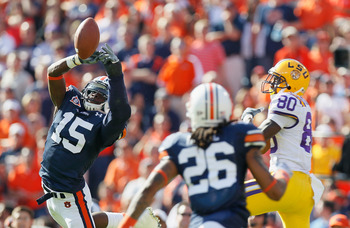 AUBURN, AL - OCTOBER 23:  Neiko Thorpe #15 of the Auburn Tigers intercepts a pass intended for Terrence Toliver #80 of the LSU Tigers at Jordan-Hare Stadium on October 23, 2010 in Auburn, Alabama.  (Photo by Kevin C. Cox/Getty Images)
