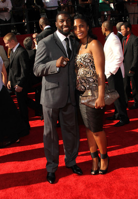 LOS ANGELES, CA - JULY 13:  NFL player Greg Jennings arrives with his wife Nicole at The 2011 ESPY Awards at Nokia Theatre L.A. Live on July 13, 2011 in Los Angeles, California.  (Photo by Frederick M. Brown/Getty Images)