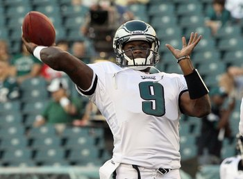 PHILADELPHIA, PA - AUGUST 11: Vince Young #9 of the Philadelphia Eagles warms up before playing against the Baltimore Ravens in their pre season game on August 11, 2011 at Lincoln Financial Field in Philadelphia, Pennsylvania.  (Photo by Jim McIsaac/Getty