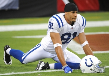 GLENDALE, AZ - SEPTEMBER 27:  Wide receiver Hank Baskett #81 of the Indianapolis Colts warms up before taking on the Arizona Cardinals during the game at University of Phoenix Stadium on September 27, 2009 in Glendale, Arizona. (Photo by Harry How/Getty I