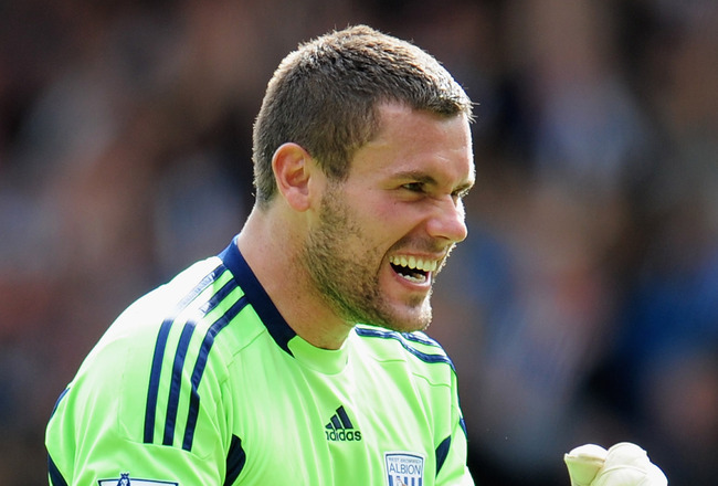WEST BROMWICH, ENGLAND - AUGUST 14:  Goalkeeper Ben Foster of West Bromwich Albion celebrates during the Barclays Premier League match between West Bromwich Albion and Manchester United at The Hawthorns on August 14, 2011 in West Bromwich, England.  (Phot