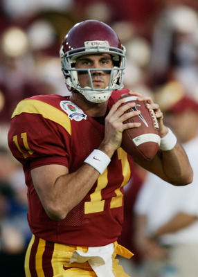 PASADENA, CA - JANUARY 04:  Quarterback Matt Leinart #11 of the USC Trojans warms-up before the start of the BCS National Championship Rose Bowl Game against the Texas Longhorns on January 4, 2006 in Pasadena, California.  (Photo by Donald Miralle/Getty I