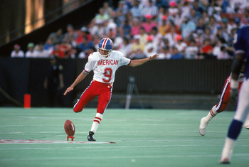 HONOLULU, HI - FEBRUARY 4:  Denver Broncos kicker David Treadwell #9 of the AFC squad kicks the ball away during the 1990 NFL Pro Bowl at Aloha Stadium on February 4, 1990 in Honolulu, Hawaii.  The NFC won 27-21.  (Photo by George Rose/Getty Images)