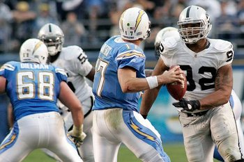 120510-raidersatchargers2--nfl_medium_540_360_display_image