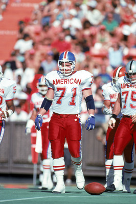 HONOLULU, HI - FEBRUARY 4:  Denver Broncos defensive linemen Greg Kragen #71 of the AFC squad stands on the field between plays during the 1990 NFL Pro Bowl at Aloha Stadium on February 4, 1990 in Honolulu, Hawaii.  The NFC won 27-21.  (Photo by George Ro