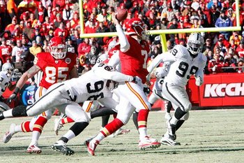 010211-raidersatchiefs56--nfl_medium_540_360_display_image