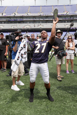 BALTIMORE, MD - AUGUST 06: Ray Rice #27 of the Baltimore Ravens throws his shoe into the stands following training camp at M&T Bank Stadium on August 6, 2011 in Baltimore, Maryland.  (Photo by Rob Carr/Getty Images)
