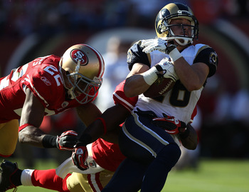 SAN FRANCISCO - NOVEMBER 14:  Danny Amendola #16 of the St. Louis Rams catchs a pass against Nate Clements #22 of the San Francisco 49ers during an NFL game at Candlestick Park on November 14, 2010 in San Francisco, California.  (Photo by Jed Jacobsohn/Ge