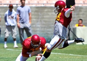 Andre Heidari kicks long FG in Fall Camp 2011 scrimmage #2