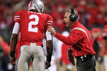 COLUMBUS, OH - OCTOBER 25: Ohio State Buckeyes head coach Jim Tressell instructs his quarterback Terrell Pryor #2 during the game against the Penn State Nittany Lions on October 25, 2008 at Ohio Stadium in Columbus, Ohio.  (Photo by Jamie Sabau/Getty Imag