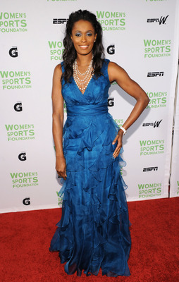 NEW YORK - OCTOBER 12:  WNBA player Swin Cash attends the 31st Annual Salute to Women in Sports gala at The Waldorf-Astoria on October 12, 2010 in New York City.  (Photo by Bryan Bedder/Getty Images)