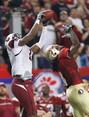 ATLANTA, GA - DECEMBER 31:  Alshon Jeffery #1 of the South Carolina Gamecocks against Terrance Parks #4 of the Florida State Seminoles during the 2010 Chick-fil-A Bowl at Georgia Dome on December 31, 2010 in Atlanta, Georgia.  (Photo by Kevin C. Cox/Getty