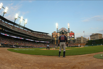 DETROIT, MI - AUGUST 17:  Jim Thome #25 of the Minnesota Twins stands just outside the on-deck cirle before his first at bat against the Detroit Tigers during a MLB game at Comerica Park on August 17, 2011 in Detroit, Michigan.  (Photo by Dave Reginek/Get