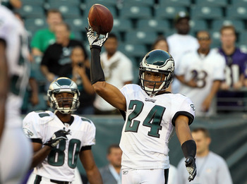 PHILADELPHIA, PA - AUGUST 11:  Nnamdi Asomugha #24 of the Philadelphia Eagles warms up before playing against the Baltimore Ravens during their pre season game on August 11, 2011 at Lincoln Financial Field in Philadelphia, Pennsylvania.  (Photo by Jim McI