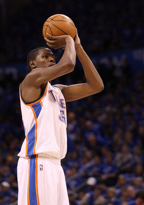 OKLAHOMA CITY, OK - MAY 23:  Kevin Durant #35 of the Oklahoma City Thunder shoots a free throw while taking on the Dallas Mavericks in Game Four of the Western Conference Finals during the 2011 NBA Playoffs at Oklahoma City Arena on May 23, 2011 in Oklaho