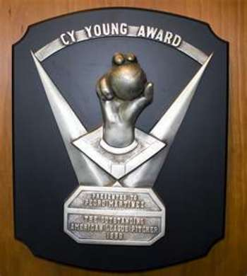 400px-cy_young_award_display_image