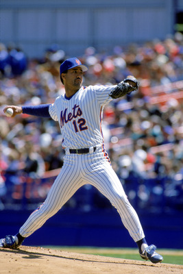 1989:  Ron Darling of the New York Mets winds back to pitch during a game in the 1989 season. ( Photo by: Scott Halleran/Getty Images)