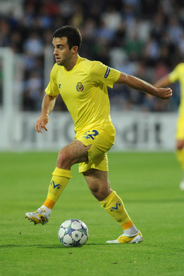 ODENSE, DENMARK - AUGUST 17:  Giuseppe Rossi of Villarreal CF in action during the UEFA Champions League play-off first leg match between Odense BK and Villarreal CF at TRE-FOR Park stadium on August 17, 2011 in Odense, Denmark.  (Photo by Valerio Pennici