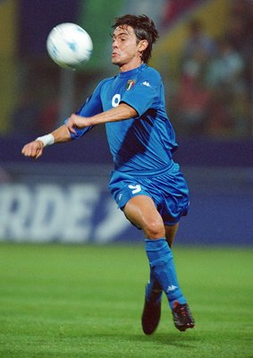 6 Oct 2001:  Filippo Inzaghi of Italy in action during the FIFA 2002 World Cup Qualifier against Hungary played at the Ennio Tardini Stadium in Parma, Italy.  Italy won the match 1 - 0. \ Mandatory Credit: Jamie McDonald /Allsport