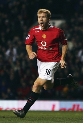 MANCHESTER, ENGLAND - DECEMBER 18:  Paul Scholes of Manchester United celebrated scoring the first goal during the Barclays Premiership match between Manchester United and Crystal Palace at Old Trafford on December 18, 2004 in Manchester, England.  (Photo