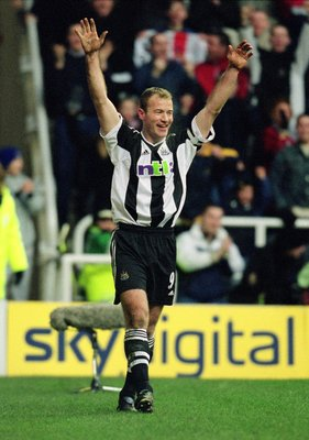 26 Dec 2001:  Alan Shearer of Newcastle United celebrates opening the scoring during the FA Barclaycard Premiership match against Middlesbrough played at St James Park, in Newcastle, England. Newcastle United won the match 3-0. \ Mandatory Credit: Alex Li