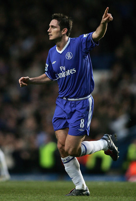 LONDON - DECEMBER 18:  Frank Lampard of Chelsea celebrates scoring his teams second goal during the Barclays Premiership match between Chelsea and Norwich City at Stamford Bridge on December 18, 2004 in London, England.  (Photo by Ben Radford/Getty Images