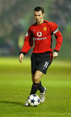 ATHENS - NOVEMBER 26:  Ryan Giggs of Manchester United with the ball at his feet during the UEFA Champions League Group E match between Panathinaikos and Manchester United on November 26, 2003 at Apostolos Nikolaidos Stadium in Athens, Greece.  Manchester