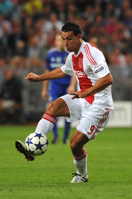AMSTERDAM, NETHERLANDS - AUGUST 25:  Mounir El Hamdaoui of AFC Ajax in action during the Champions League Play-off match between AFC Ajax and FC Dynamo Kiev at Amsterdam Arena on August 25, 2010 in Amsterdam, Netherlands.  (Photo by Valerio Pennicino/Gett