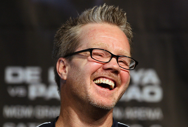 LAS VEGAS - DECEMBER 3:  Boxer Manny Pacquiao's trainer Freddie Roach talks with the media at the final press conference at the MGM Grand Garden Arena December 3, 2008 in Las Vegas, Nevada. Boxer Oscar de la Hoya fights Manny Pacquiao of the Philippines D
