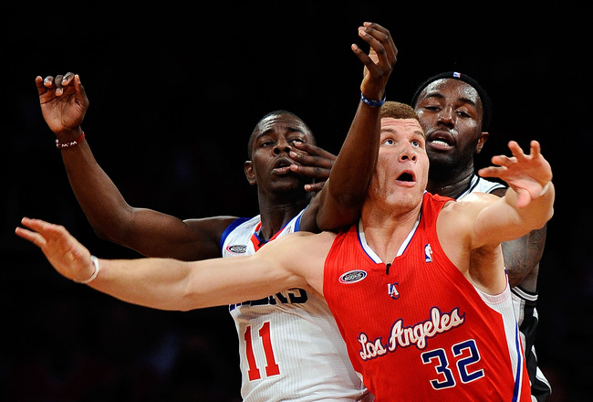 LOS ANGELES, CA - FEBRUARY 18:  Blake Griffin #32 of the Los Angeles Clippers and the Rookie Team posts up against Jrue Holiday #11 of the Philadelphia 76ers and the Sophomore Team and James Harden #13 of the Oklahoma City Thunder and the Sophomore Team i