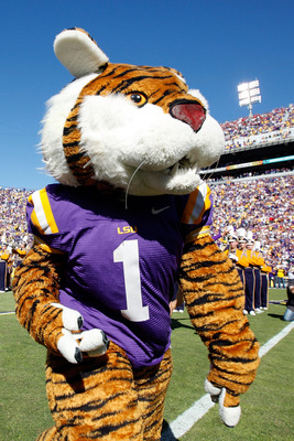 BATON ROUGE, LA - NOVEMBER 06:  Mascot Mike the Tiger of the Louisiana State University Tigers in action during pregame before the Alabama Crimson Tide  at Tiger Stadium on November 6, 2010 in Baton Rouge, Louisiana.  (Photo by Chris Graythen/Getty Images